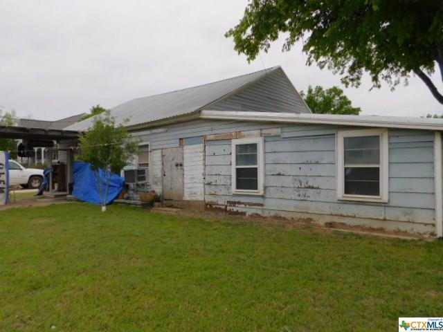 205 E Main Street, Gatesville, TX 76528 (MLS #356612) :: Erin Caraway Group