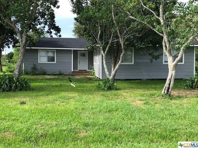 307 N 4th, Vanderbilt, TX 77991 (MLS #360542) :: Kopecky Group at RE/MAX Land & Homes