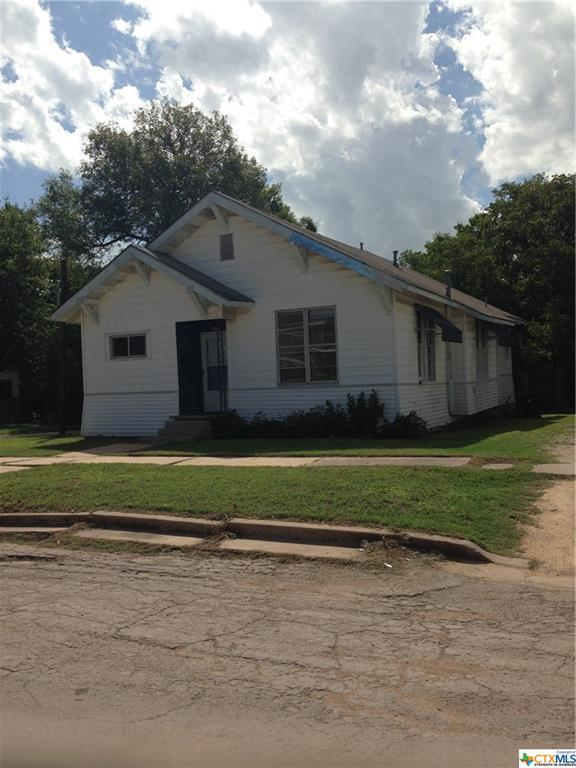 709 W 6th, Taylor, TX 76574 (MLS #360899) :: Magnolia Realty