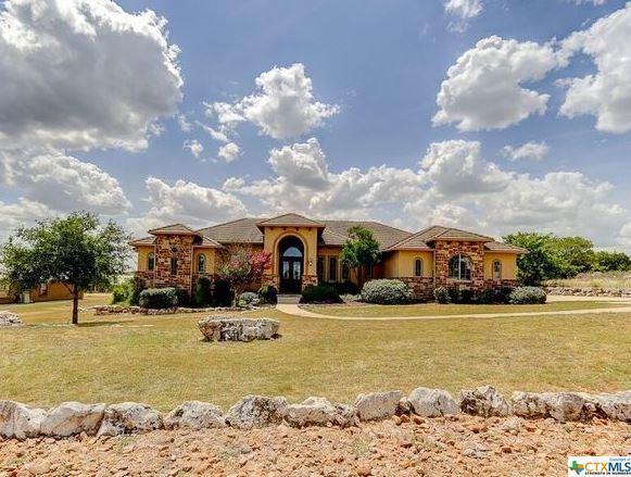 1315 Vintage, New Braunfels, TX 78132 (MLS #361247) :: Magnolia Realty