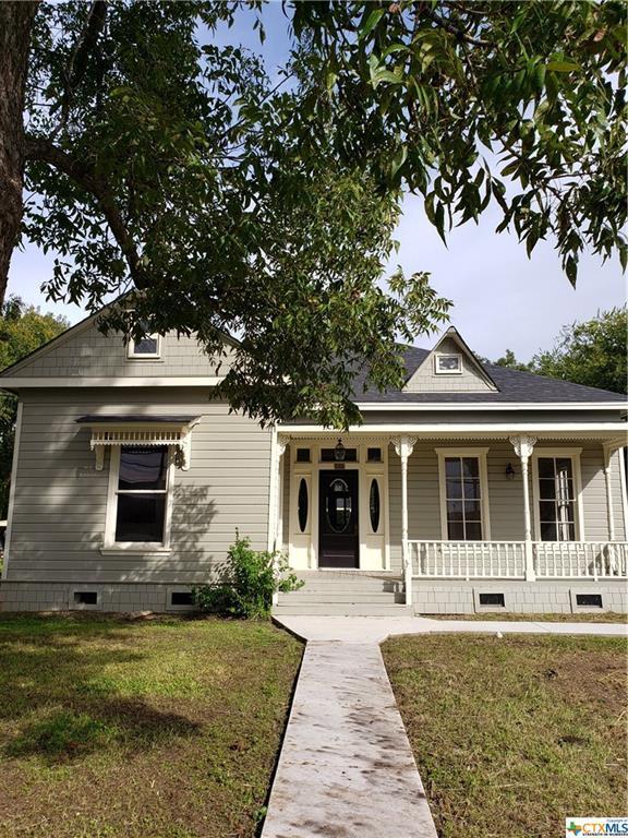 1411 N Austin, Seguin, TX 78155 (MLS #362072) :: Magnolia Realty