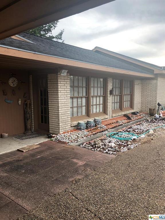 254 Buren, Port Lavaca, TX 77979 (MLS #365415) :: RE/MAX Land & Homes