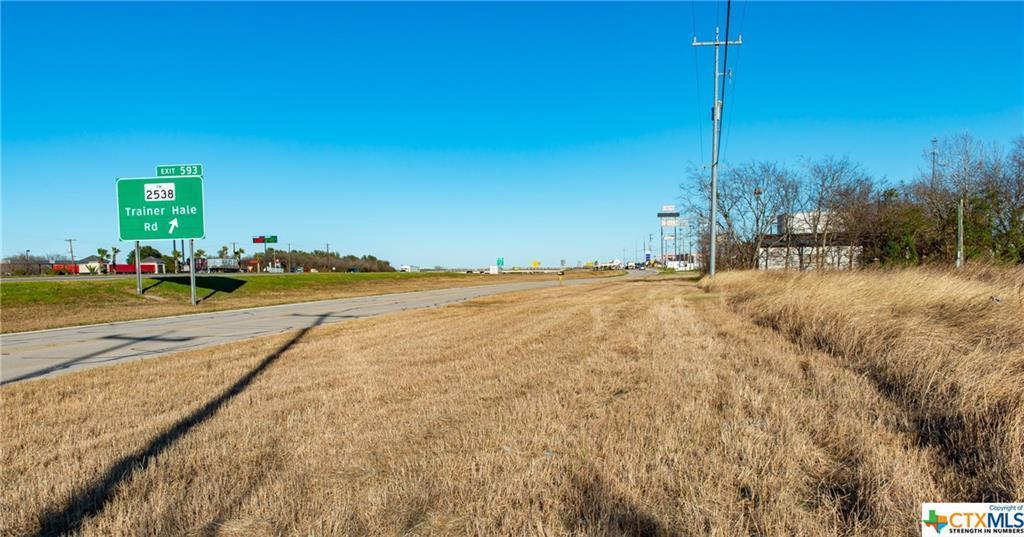 14322 Interstate 10 - Photo 1