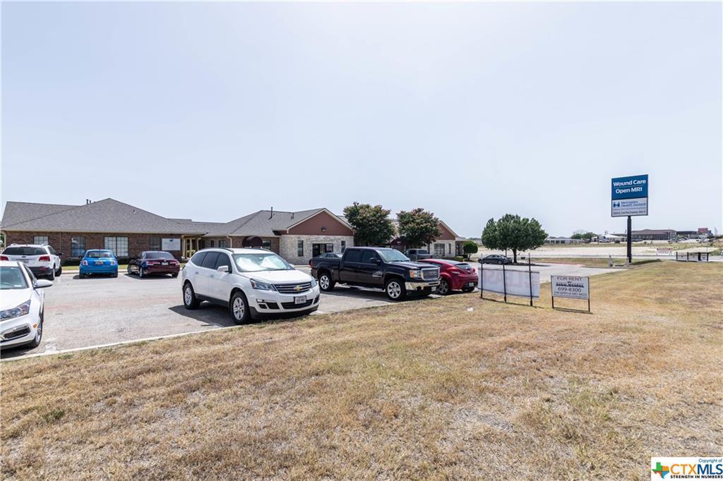 5610 Central Texas - Photo 1