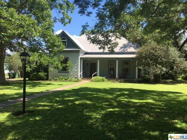 414 W North Street, Goliad, TX 77963 (MLS #370156) :: Kopecky Group at RE/MAX Land & Homes