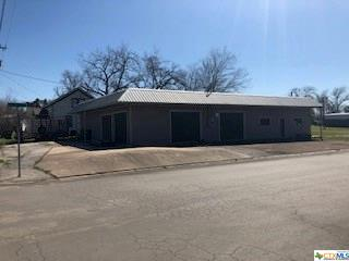 524 N Avenue G Avenue, Shiner, TX 77984 (MLS #370600) :: The i35 Group
