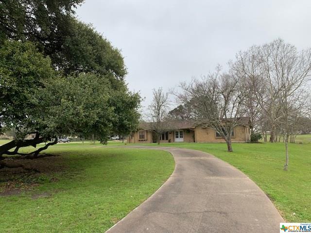 103 W 2nd Street, Flatonia, TX 78941 (MLS #371323) :: Kopecky Group at RE/MAX Land & Homes