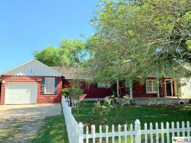 3063 Parsons, Victoria, TX 77904 (MLS #373317) :: Kopecky Group at RE/MAX Land & Homes