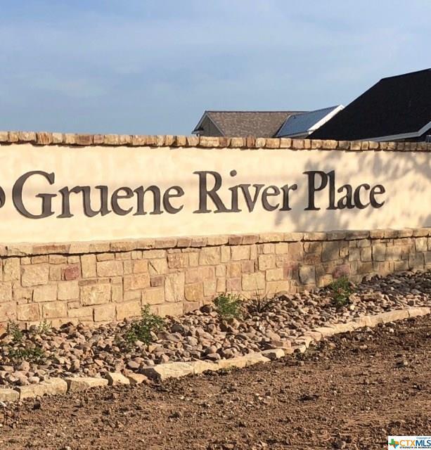 929 Gruene Place Drive, New Braunfels, TX 78130 (MLS #373343) :: Erin Caraway Group
