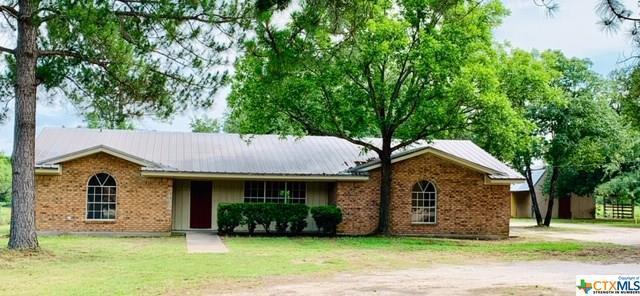 301 River Oaks Drive, Gatesville, TX 76528 (MLS #376643) :: The Graham Team