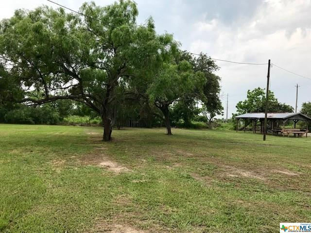 249 Fm 2506, Fannin, TX 77963 (MLS #378122) :: The i35 Group