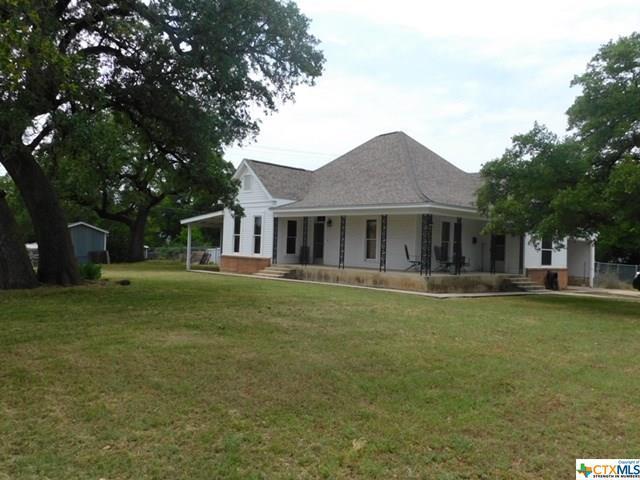 302 N Broad Street, Lampasas, TX 76550 (MLS #380281) :: The i35 Group
