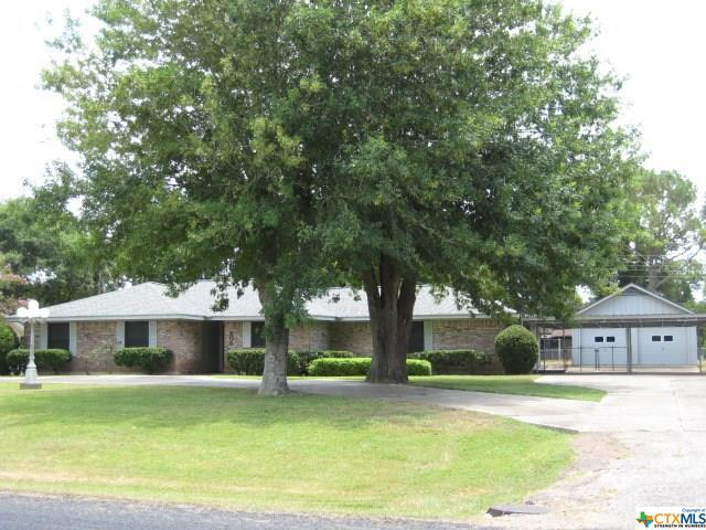 806 Mead Road, Victoria, TX 77904 (#386511) :: Realty Executives - Town & Country
