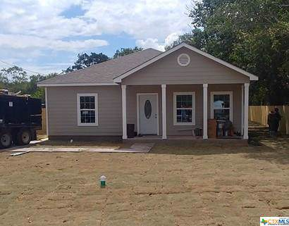 1408 Armstrong, Luling, TX 78648 (MLS #392439) :: The i35 Group