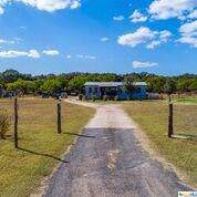 230 County Road 426, Stockdale, TX 78160 (MLS #392935) :: Kopecky Group at RE/MAX Land & Homes