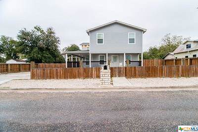 206 E Newman Street, Cuero, TX 77954 (MLS #395923) :: Kopecky Group at RE/MAX Land & Homes