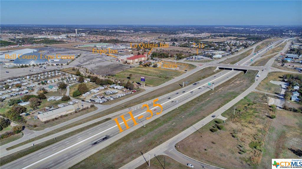 2801 Interstate 35 - Photo 1