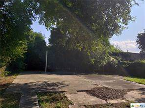 605 E 2nd Street, Victoria, TX 77901 (MLS #396307) :: Carter Fine Homes - Keller Williams Heritage