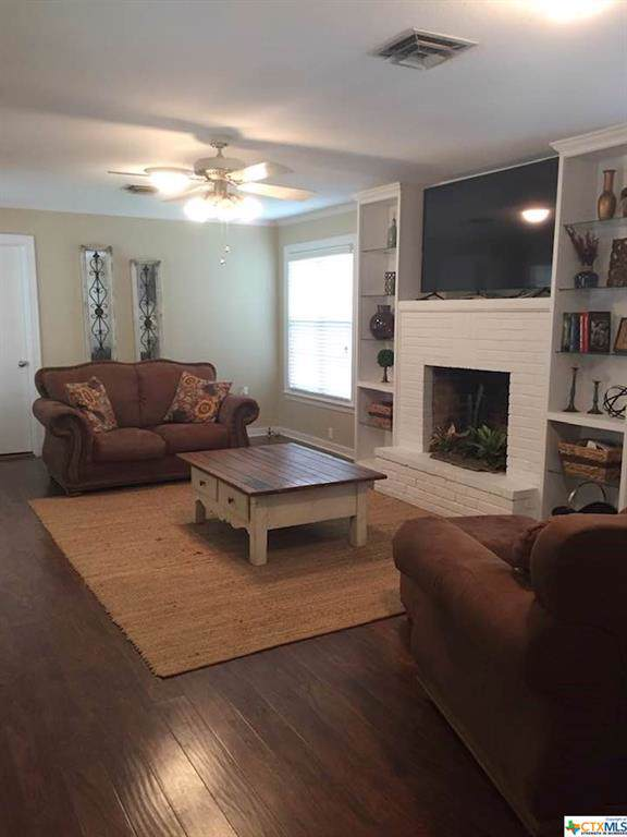 311 Polk Street, Luling, TX 78648 (MLS #397359) :: Vista Real Estate