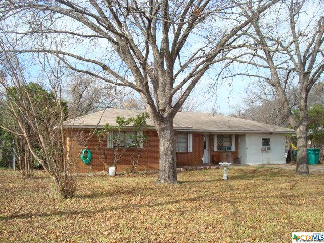 203 Palmetto Street, Belton, TX 76513 (MLS #397364) :: Isbell Realtors