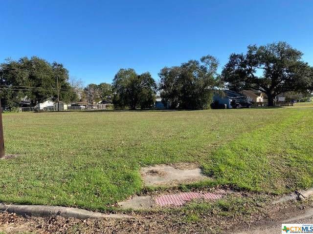 3010 N Main, Victoria, TX 77901 (MLS #397454) :: The Real Estate Home Team
