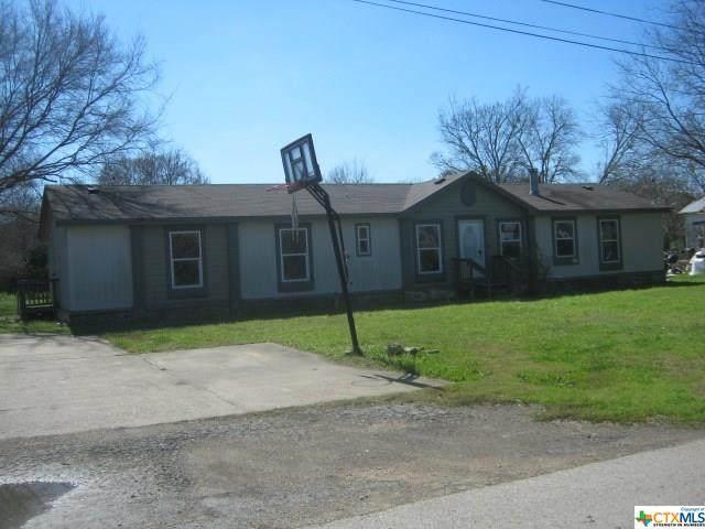 730 Pear Street, Lockhart, TX 78644 (MLS #402319) :: Brautigan Realty