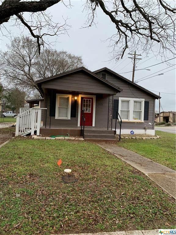 1074 E Ireland Street, Seguin, TX 78155 (MLS #402906) :: HergGroup San Antonio