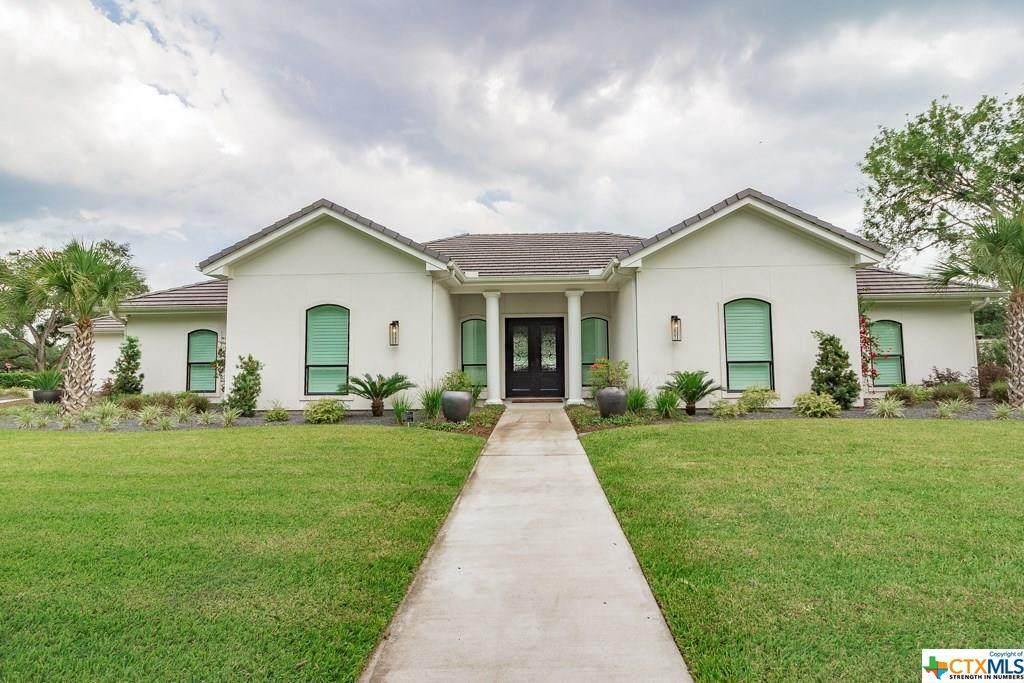 301 Tampa Drive - Photo 1