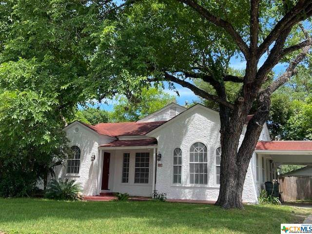 207 S Pecan Avenue, Luling, TX 78648 (MLS #414244) :: Brautigan Realty