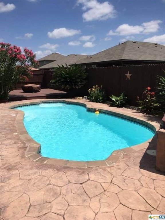 2045 N Ranch Estates Boulevard, New Braunfels, TX 78130 (MLS #416465) :: RE/MAX Family