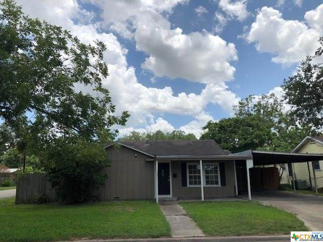 1311 E Warren Avenue, Victoria, TX 77901 (MLS #418102) :: Kopecky Group at RE/MAX Land & Homes