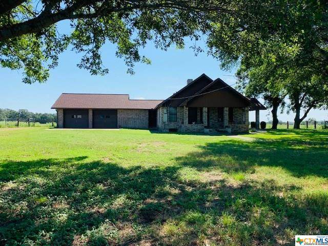 98 Private Road 1002, Hallettsville, TX 77964 (MLS #418416) :: The Real Estate Home Team