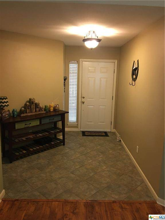 601 Newhaven, Victoria, TX 77904 (MLS #418757) :: The Zaplac Group