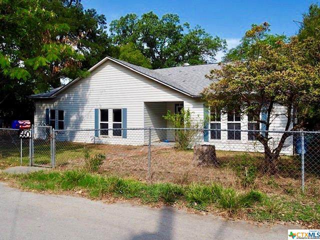 560 W Bridge Street, New Braunfels, TX 78130 (MLS #419750) :: The Zaplac Group