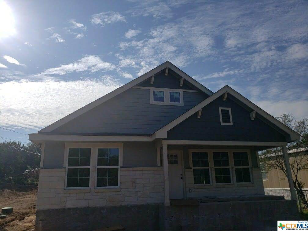 612 Canyon Springs - Photo 1