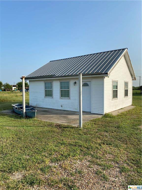526 S Quailrun Avenue, Port Lavaca, TX 77979 (MLS #422419) :: The Zaplac Group