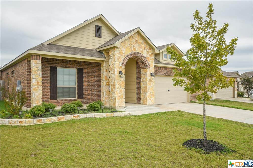 7712 Kendall Hill Drive - Photo 1