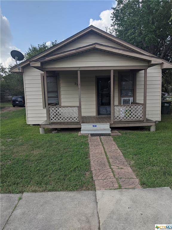 311 W Clayton Street, Cuero, TX 77954 (MLS #425130) :: Kopecky Group at RE/MAX Land & Homes