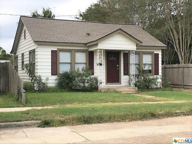 305 E Commercial Street, Victoria, TX 77901 (MLS #425238) :: The Myles Group