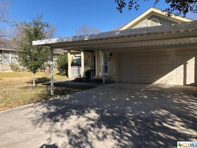 715 N Olive Street, Seguin, TX 78155 (MLS #430104) :: Kopecky Group at RE/MAX Land & Homes