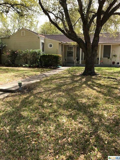 203 E Warren Avenue, Victoria, TX 77901 (MLS #434776) :: Texas Real Estate Advisors