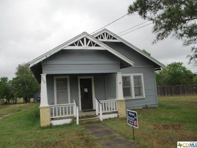 309 E Bailey Street, Cuero, TX 77954 (#437671) :: Realty Executives - Town & Country