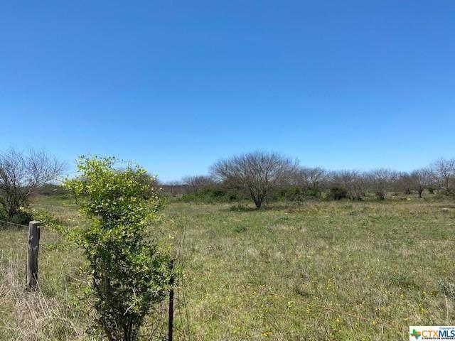 000 Wolf Hollow Road, Thomaston, TX 77989 (MLS #439249) :: RE/MAX Land & Homes