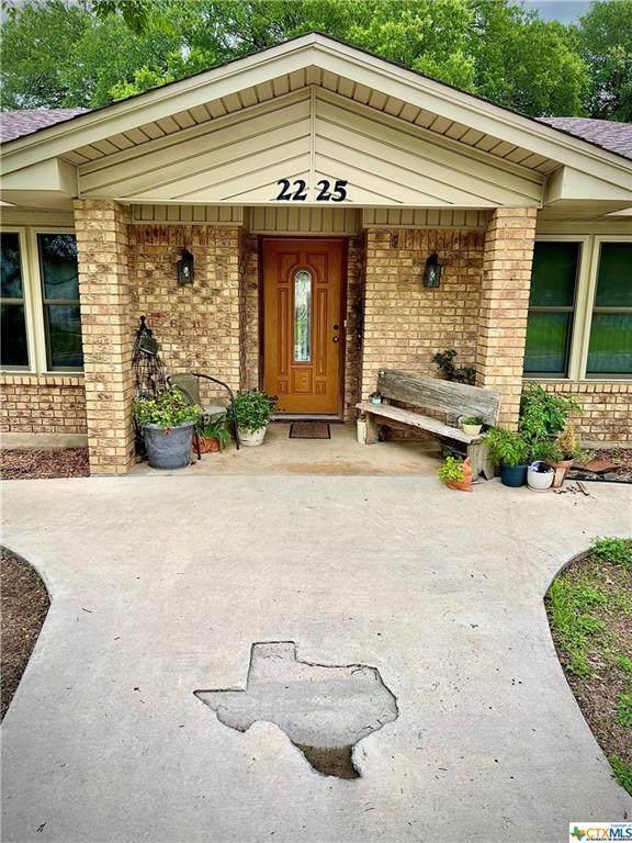 2225 N Beal Street, Belton, TX 76513 (MLS #439580) :: The Myles Group