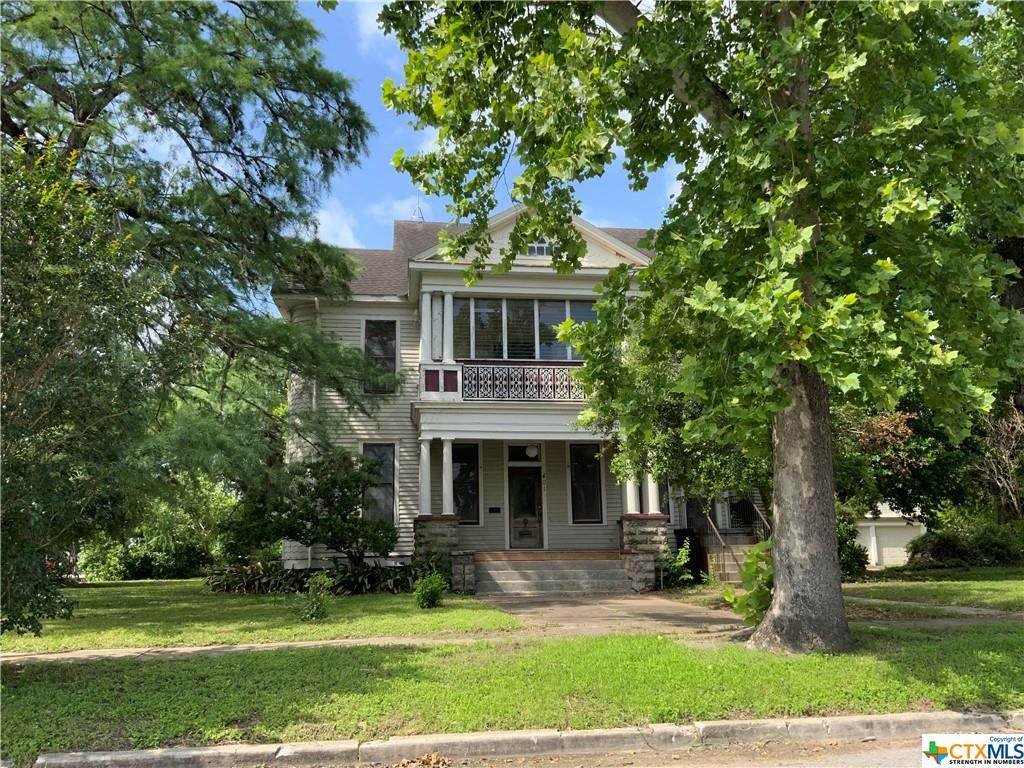 401 Stayton Avenue - Photo 1