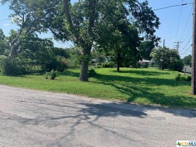 1433 Belmarez Avenue, Seguin, TX 78155 (#442815) :: Realty Executives - Town & Country