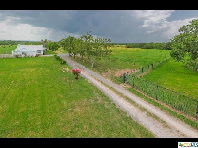 4755 Fm 2623, Seguin, TX 78155 (MLS #446375) :: The Real Estate Home Team