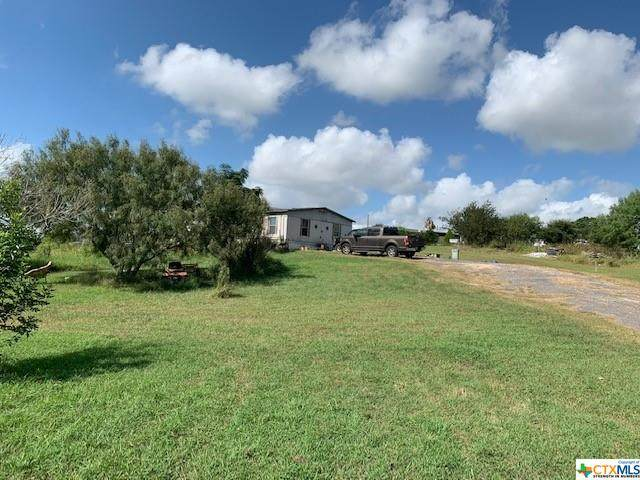 360 Spur Trail, Seguin, TX 78155 (MLS #450142) :: The Zaplac Group