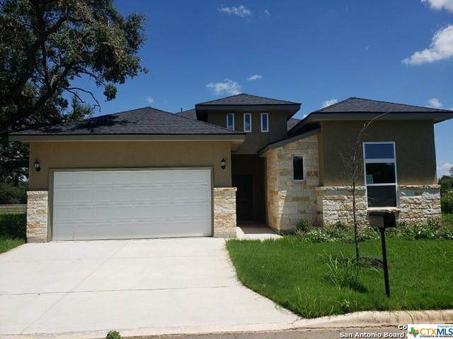 417 Park Circle, Hondo, TX 78861 (MLS #450788) :: Rebecca Williams