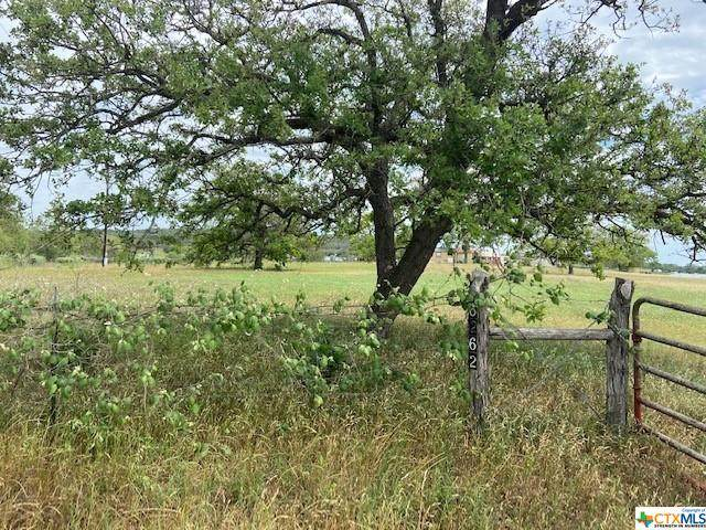 6262 Soda Springs Road, Luling, TX 78648 (#451571) :: Sunburst Realty